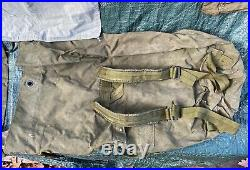 US Military Army Duffle Lot WWII US Army Air Force Vest Vietnam Bag Patches Pin