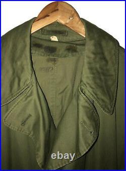 World War II US Army 8th Infantry Division Olive Rain Overcoat Medium Regular